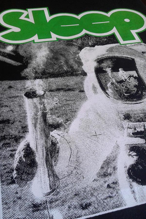 Polera estampado en serigrafía, estilo heavy metal thrash punk stoner doom death black